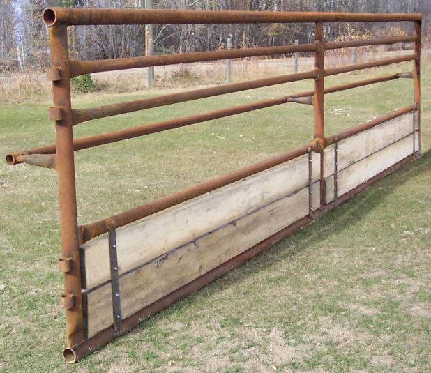 Fence Line And Tmr Feeding Systems For Beef Cows